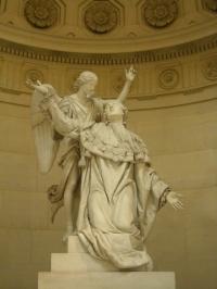 Statue_de_Louis_XVI_soutenu_par_un_ange,_Chapelle_expiatoire.jpg